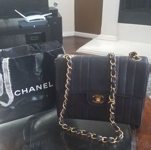 1ac5d6fc4de0 Women's Chanel Classic Jumbo Flap Bag Price on Poshmark